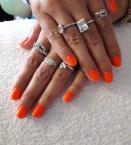 Neon narancs