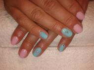Kék és rózsaszín