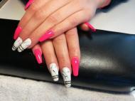 Pink márvány