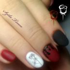 Kézzel festve