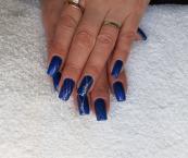 Kék és ezüst