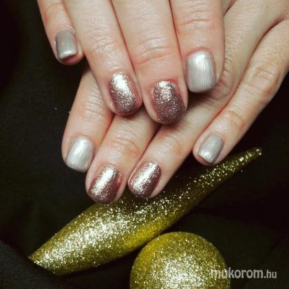 Kind Nails Studió - Géllakk - 2017-12-01 10:52
