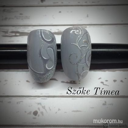 Szőke Tímea - gél lakk krómmal - 2018-03-06 21:31