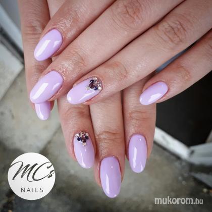 Molnár Csilla - 2018 év színe a lila - 2018-04-16 23:40