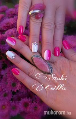 SZABÓ CSILLA - Pink - 2018-11-07 12:16