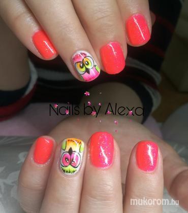 Fülöp Alexandra - Neon nails - 2019-05-16 12:04