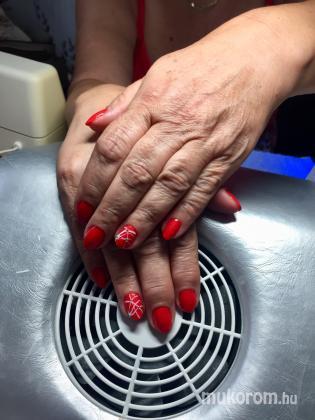 Marhefka Renàta - Vadító ötök klasszik piros - 2019-10-09 13:07