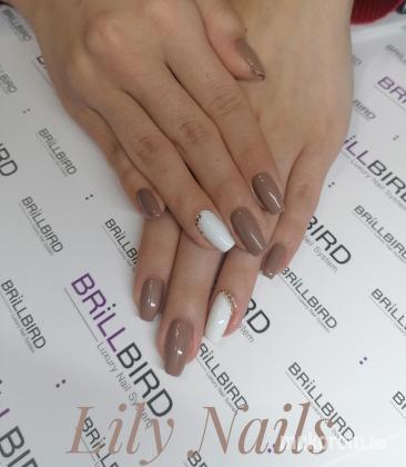 Berta Lili - Barna fehér kövekkel  - 2020-01-14 20:51