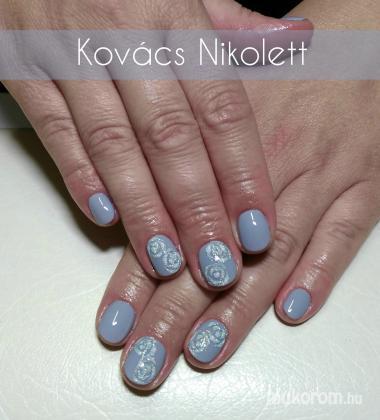 Kovács Nikolett Katalin - Csillámos rózsák - 2020-07-30 12:03