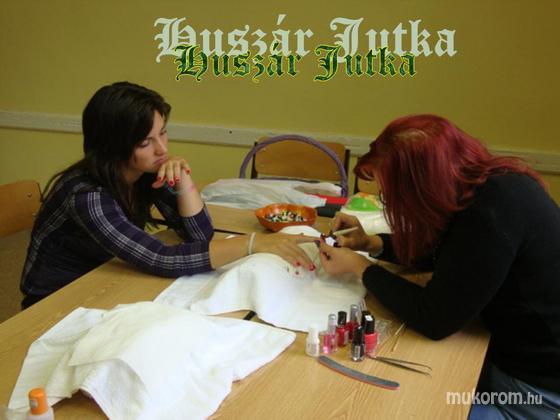 Huszár Jutka - Diák napi szponzorként - 2012-01-07 00:00