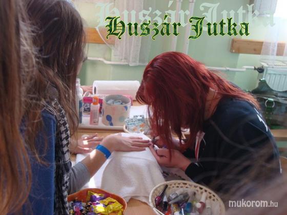 Huszár Jutka - Munka közben - 2012-01-07 00:04