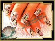 Shell nail art