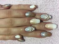 Best Nails - Aranyos