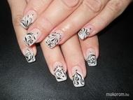 Best Nails - Szilvi fehér zselés fekete mintás köves