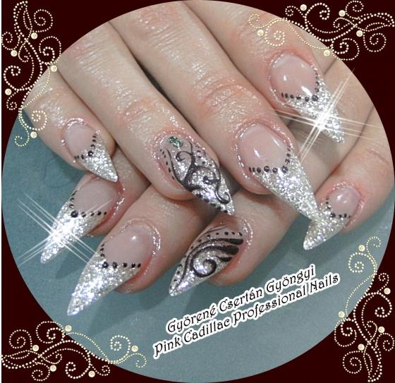 Györené Csertán Gyöngyi - Pink Cadillac Professional Nails Körömszalon - Györené Csertán Gyöngyi - 2010-12-05 17:01