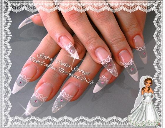 Györené Csertán Gyöngyi - Pink Cadillac Professional Nails Körömszalon - Györené Csertán Gyöngyi - 2010-12-05 16:53