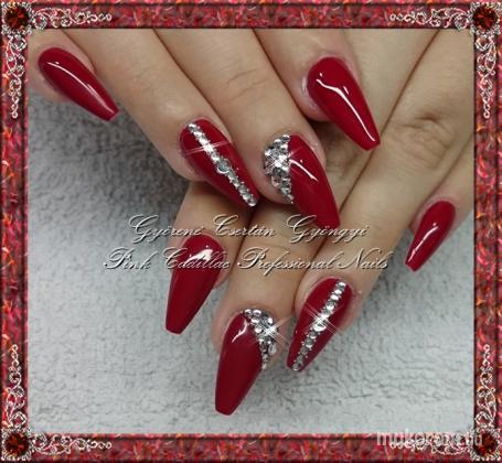 Györené Csertán Gyöngyi Pink Cadillac Professional Nails Körömszalon Red Diamond Nail 2016