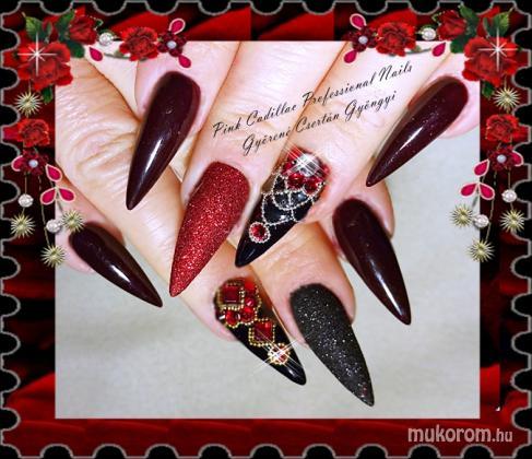 Black and red nail - Kombinált műköröm díszítés