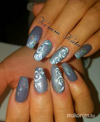 "Komm Kata (Kata Nails Stúdió)""Crystal Nails Referenciaszalon"" - rózsa minta - 2017-11-04 07:00"