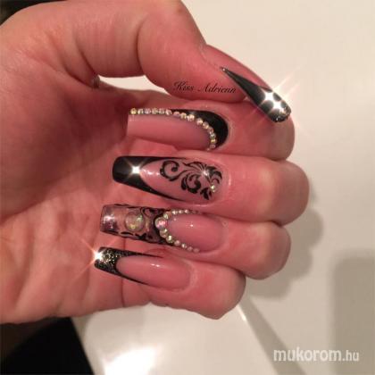 Kiss Adrienn - aquárium köröm - 2018-02-11 16:47