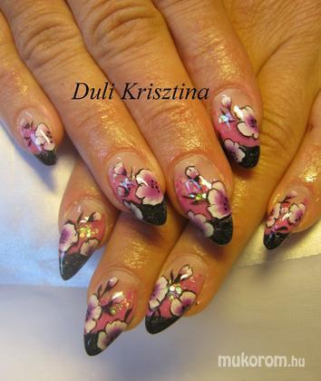 Duli Krisztina - Éva virágosa - 2011-05-10 15:42