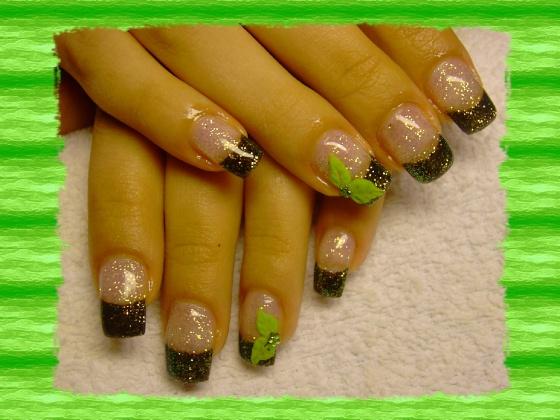 Györené Csertán Gyöngyi - Pink Cadillac Professional Nails Körömszalon - Györené Csertán Gyönygi - 2009-07-20 10:31