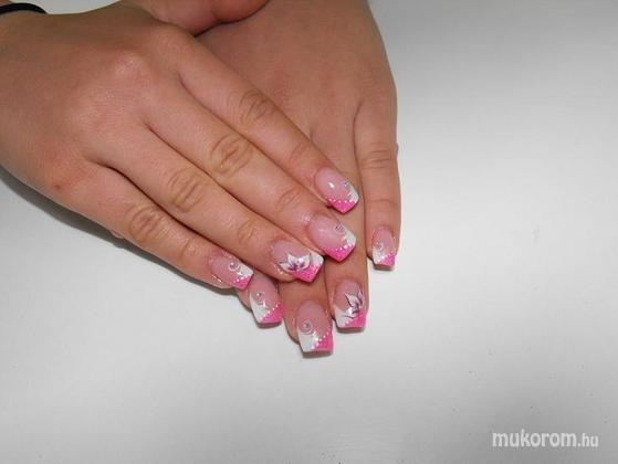 Balaton Edit - rózsaszín fehér - 2011-11-05 11:30