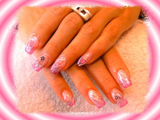 Györené Csertán Gyöngyi - Pink Cadillac Professional Nails Körömszalon - Györené Csertán Gyönygi - 2009-07-20 10:52