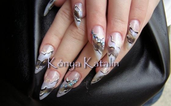Kónya Katalin - imádom a színeit :) - 2010-05-19 13:28