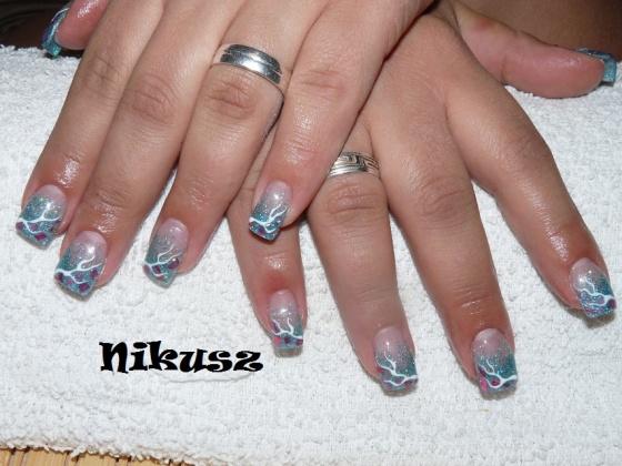 Perkovics Nikolett (Nikusz) - Csillám,törtkagyló,felületi zselé - 2010-11-07 21:24