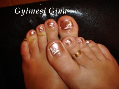 Gyimesi Gina - Lakkozás lábra - 2009-09-27 19:58