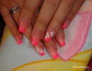 Best Nails - tavis