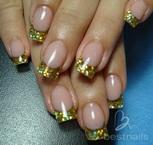 Best Nails - uñas en acrilico con glitter dorado