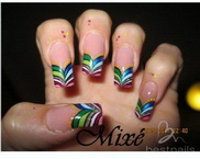 Best Nails - coloridas