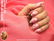 Crystal Nails con sticker neon