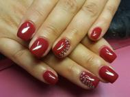 Best Nails - Piros kövekkel