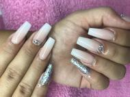 Best Nails - Bby