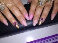 Best Nails - sokköves