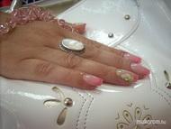 Best Nails - friss