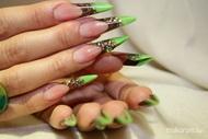 barna zöld