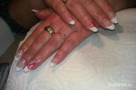 Balogh Zsófia - első porcelán töltésem - 2012-04-01 22:25
