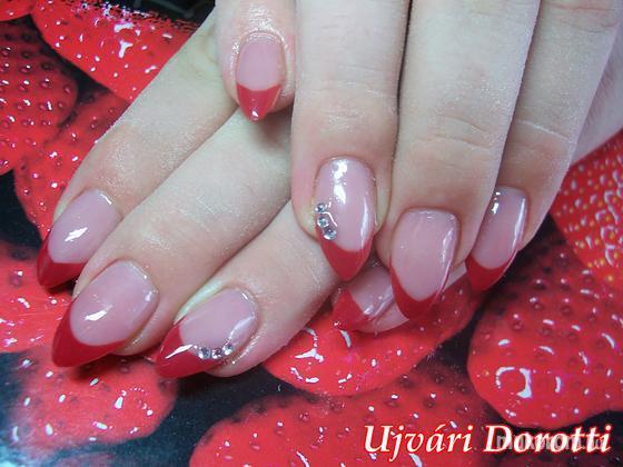 Ujvári Dorotti - piros - 2012-07-31 15:02