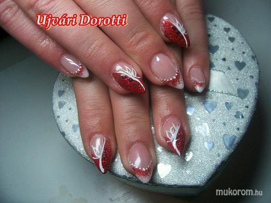 Ujvári Dorotti - karácsonyiasabb - 2012-12-02 20:17