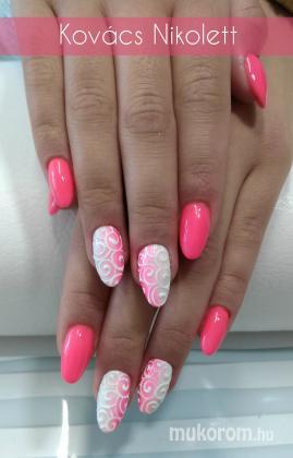 Pink ombre plüss mintával - Porcelán műköröm minták