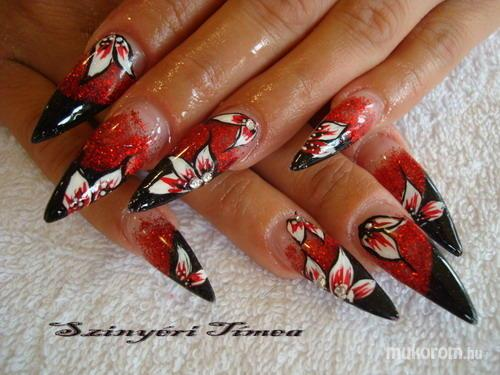 Szinyéri Tímea - fekete piros - 2011-04-10 13:53