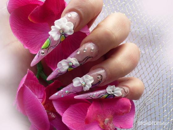 Abonyi Barbara - Porcelán virágos - 2011-06-15 22:58