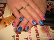 Kék Pink