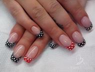 Best Nails - spoty