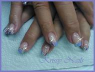 uñas en tonos lila con plata R35 F8 y 523