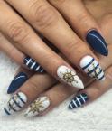 Best Nails - Tengerészes